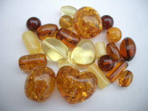 Baltic_amber_beads
